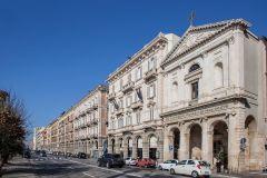 Via Roma lato Portici - foto Frank Harres